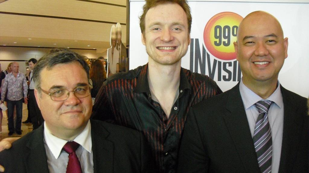 Рон Сальвадор (справа)