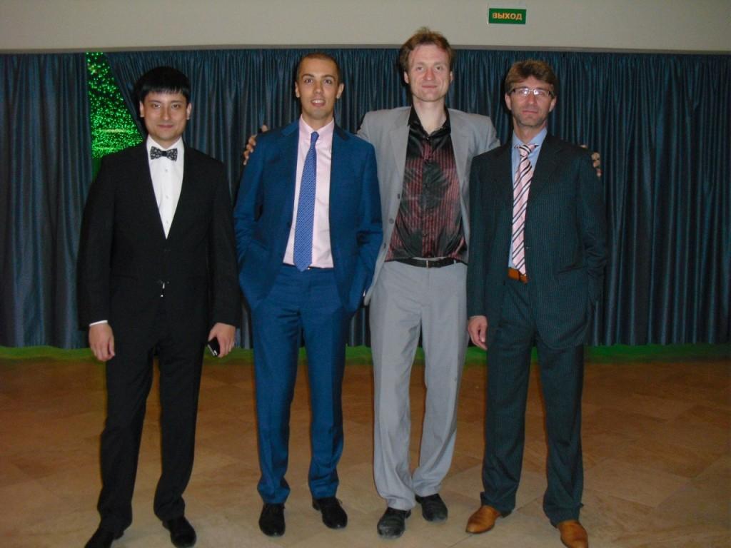 Слева направа. Азамат Ушанов, Николай Мрочковский, Сергей Архангельский (!) и Сергей Змеев